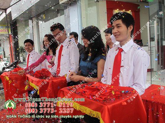 cho-thue-bang-khai-truong-6